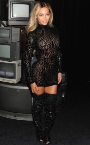 rs_293x473-131221170507-634.Beyonce-jmd-122113_copy