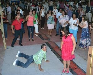 angeles-pineda-jose-luis-abarca-iguala-mexico-desaparicion-estudiantes-baile