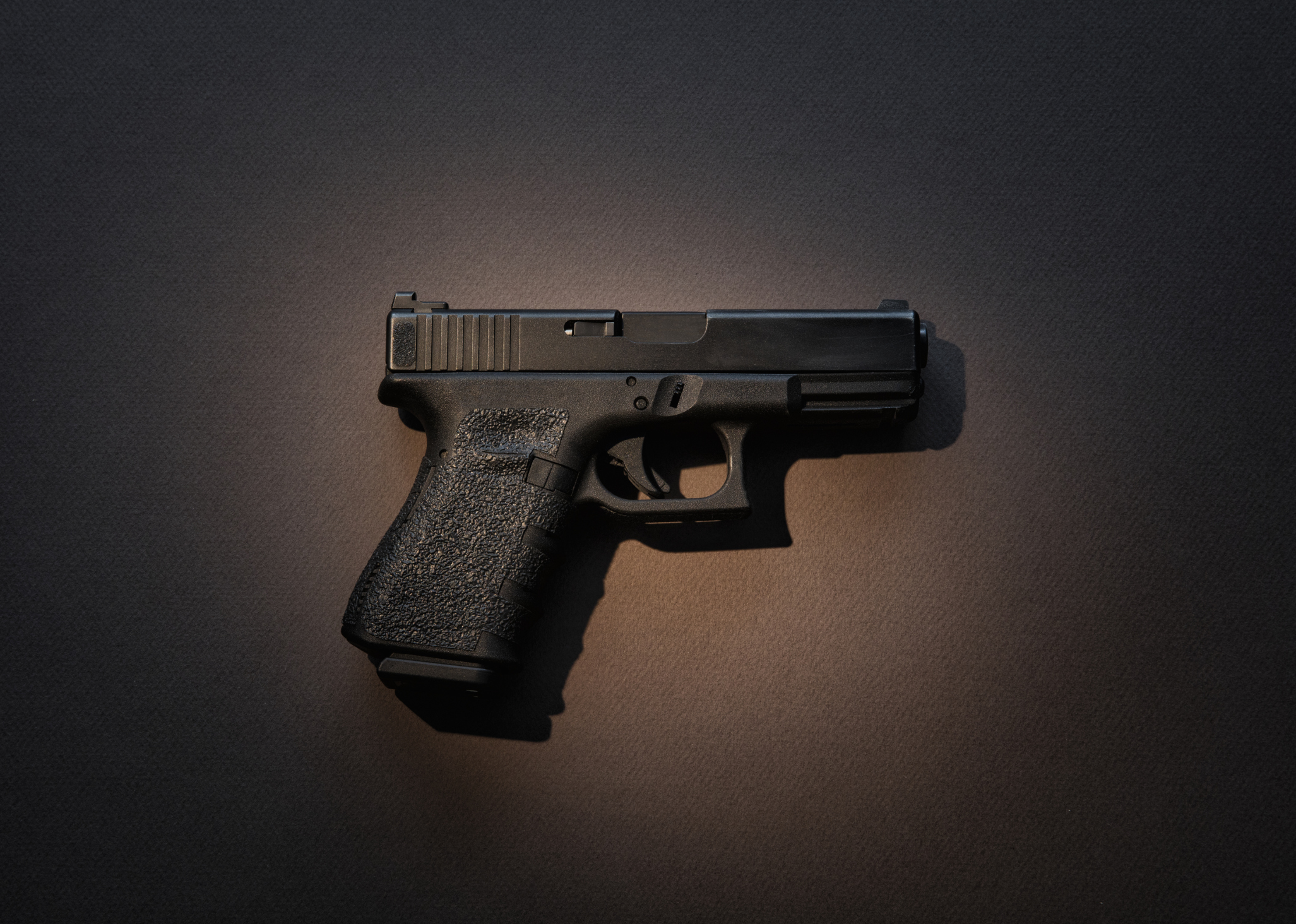 Semiautomatic handgun