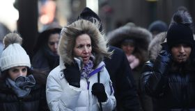 Record-Breaking Frigid Temperatures Put Northern U.S. Into Deep Chill