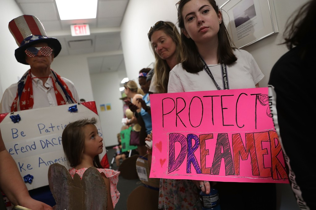 Activists Rally At Florida Office Of Sen. Bill Nelson In Support Of Immigrants