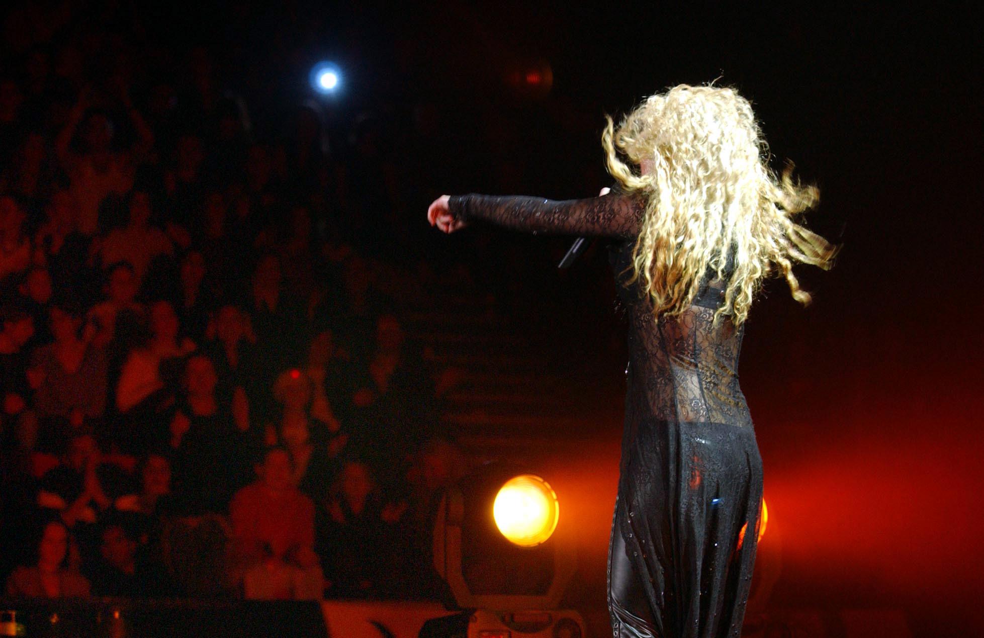 Shakira plays Wembley Arena