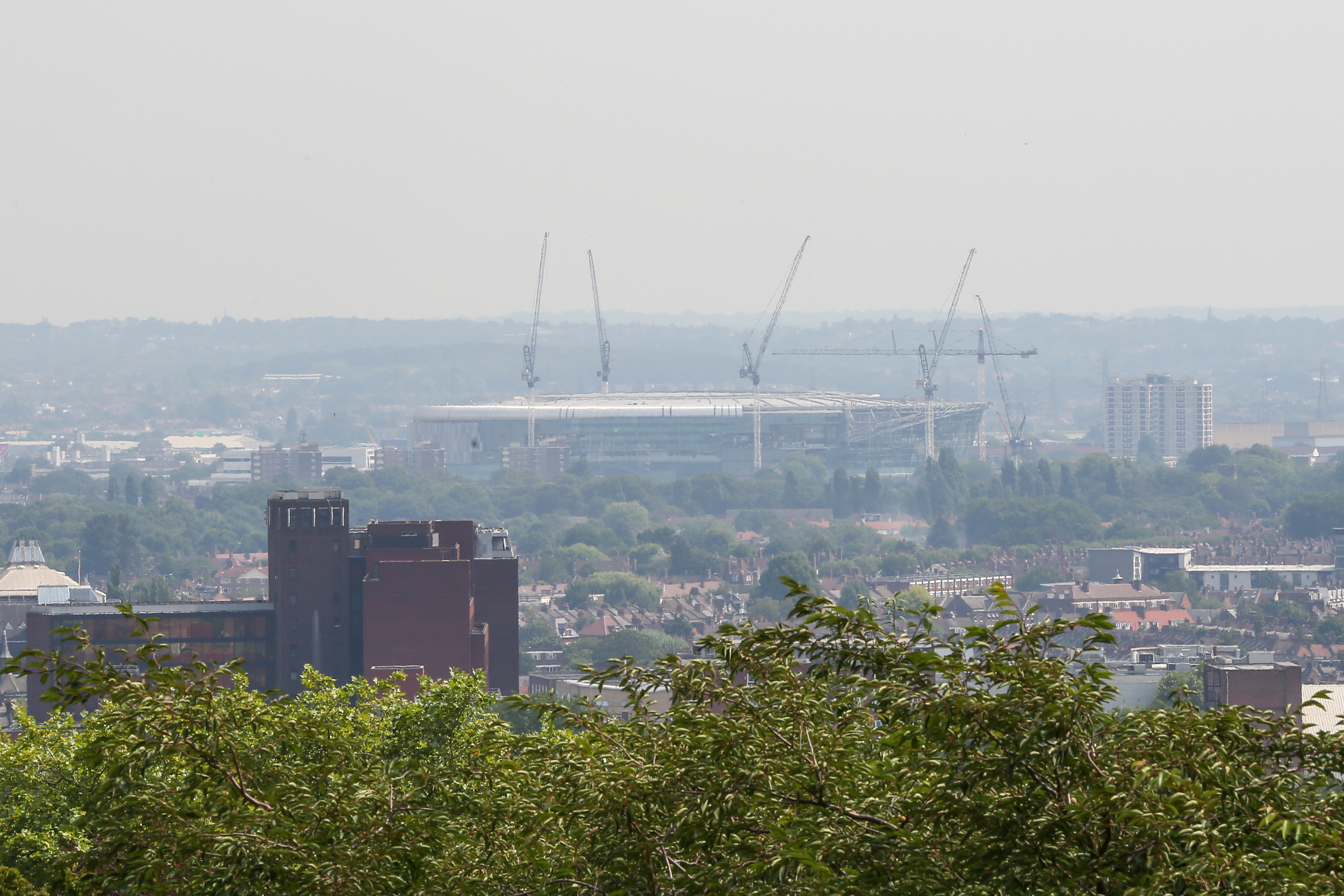 Heatwave triggers high level of pollution
