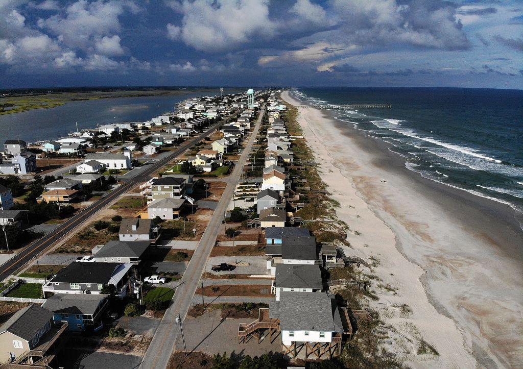 Carolinas Prepare As Hurricane Florence Approaches As Category 4 Storm