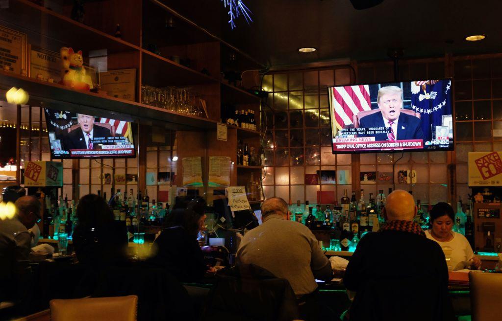 TOPSHOT-US-POLITICS-BORDER-TRUMP