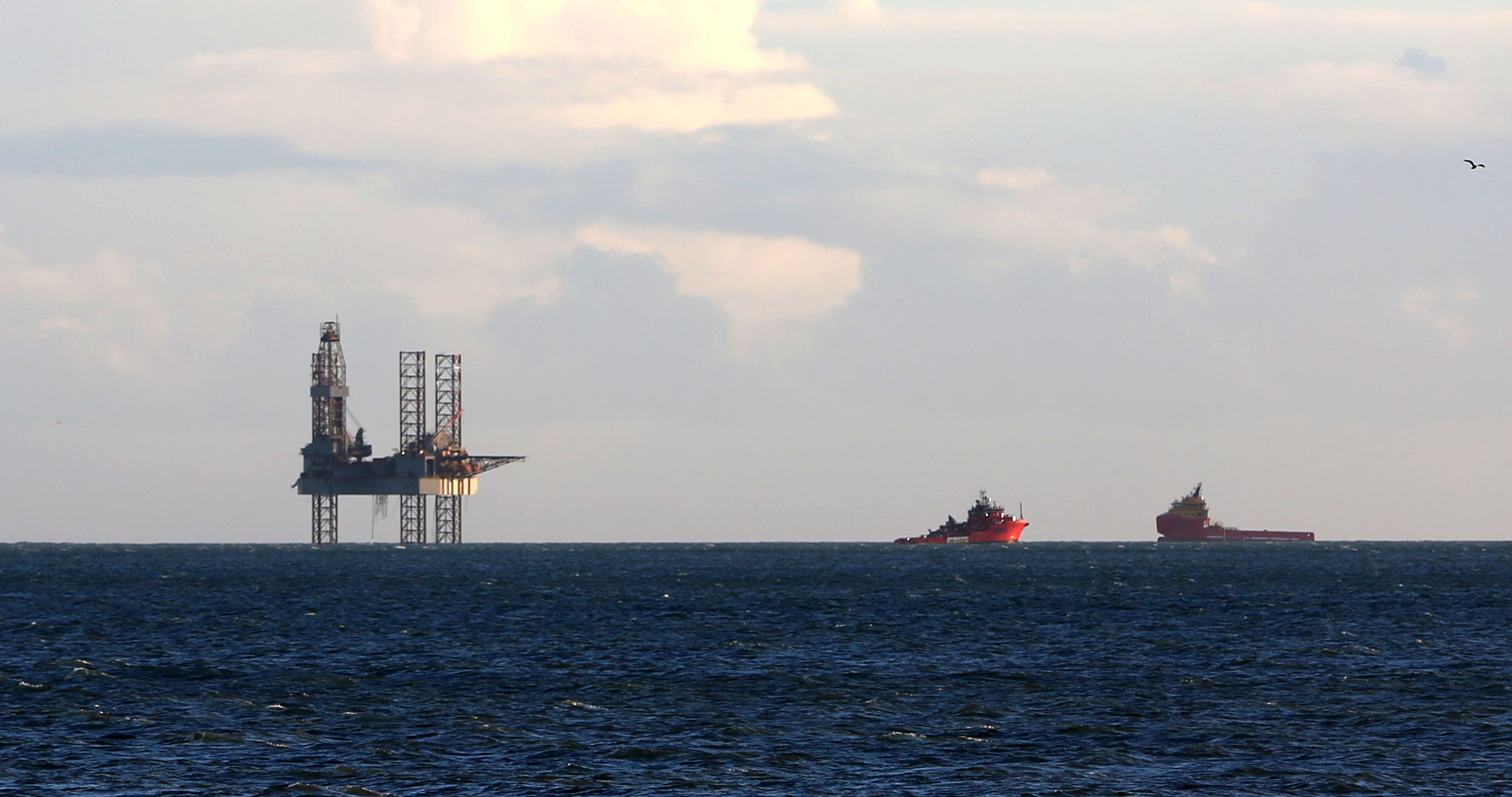 An oil rig, ENSCO 72, has arrived in Poole Bay, Bournemouth, Dorset